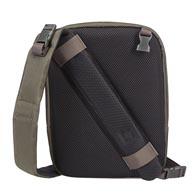 Eksklusivt 2-i-1 design: fra en-rems slingbag til crossover i et enkelt trin.