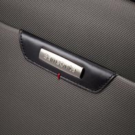 Præmium ripstop polyester krop med Napa-læderdetaljer.